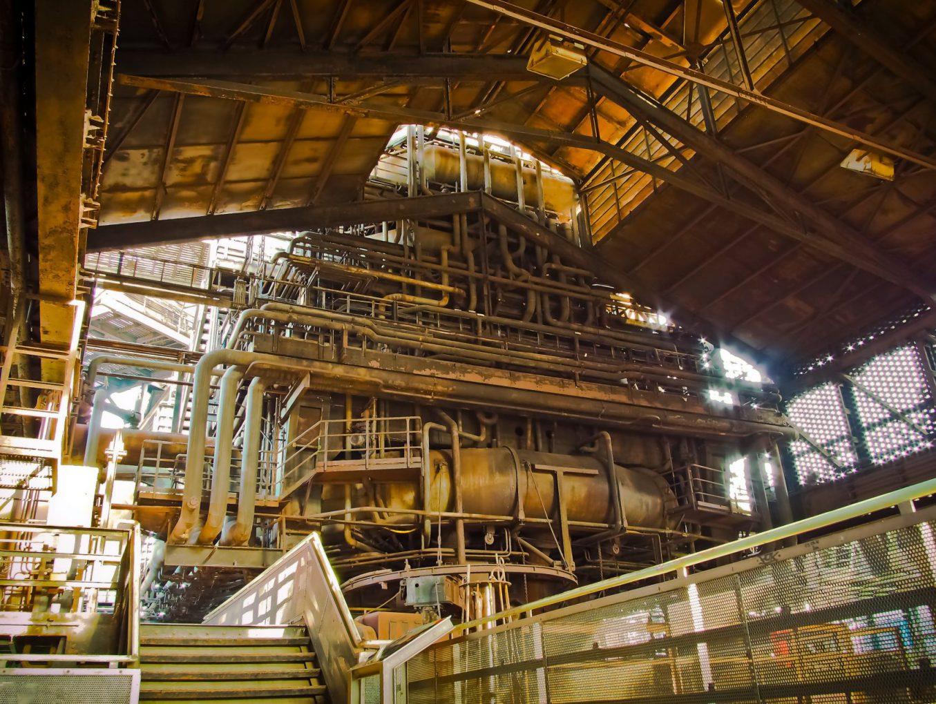 บทความ การถลุงเหล็ก (Iron smelting)